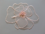Chiffon-Blumenapplikation Nr. F 11429-02 mit Perlen verziert, Größe ca. 12 x 10 cm, Farbe 02 peach