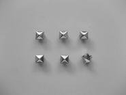 Nieten Metall G25310 Pyramidenform, Durchmesser ca. 7 mm, Höhe ca. 3 mm
