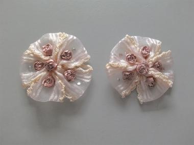 Blumenapplikation Nr. 56058846-02 mit Satinrosen und Strasssteinen, Farbe 02 pink