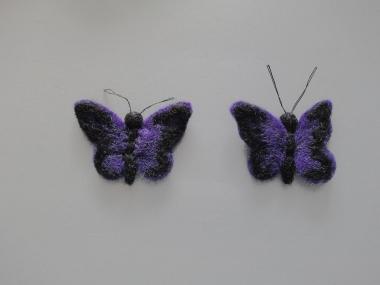 Jim Knopf Filz-Schmetterling Nr. 13396-06, Farbe 06 dunkelviolett-schwarz