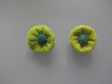 Jim Knopf Filzblume Nr. 12193-09, Farbe 09 erbsgrün-grün