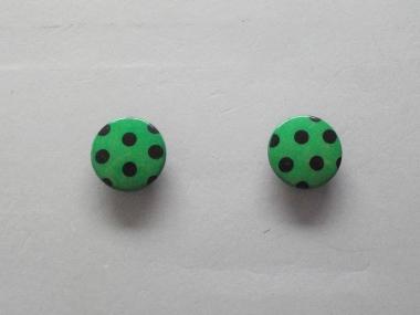 Knopf mit schwarzen Punkten Nr. 6089-36-7, Farbe 7 grün/schwarz