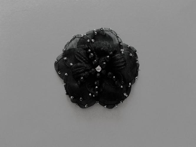 Chiffon-Blumenapplikation Nr. S 504-05 mit Perlen und Strasssteinen, Farbe 05 schwarz