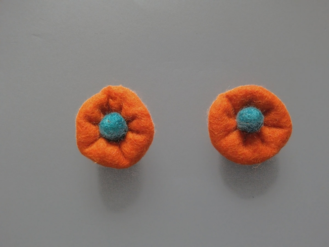 Jim Knopf Filzblume Nr. 12193-07, Farbe 07 orange-petrol
