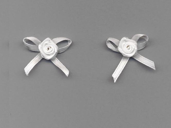 Satinrose mit Schleife S104-029, Farbe weiß